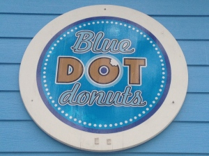 The clever logo only adds to the appeal of Blue Dot Donuts. / Photo by Elizabeth Kilian, New in NOLA