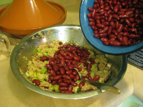 how to make tuna bean salad like a New Orleans native (photo by Patsy R. Brumfield/Southfacin' Cook)